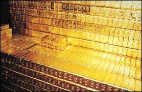 Central banks aggressively buying gold